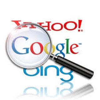 Loupe symbolysant la recherche internet sur les moteurs de recherche